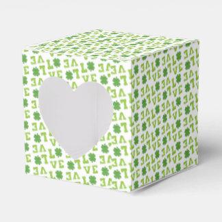 Amor verde del trébol cajas para regalos