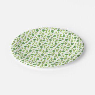 Amor verde del trébol plato de papel 17,78 cm