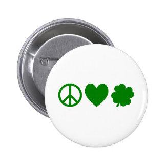 Amor verde y tréboles de la paz pins