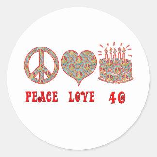 Amor y 40 de la paz etiquetas redondas