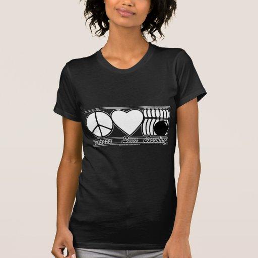 Amor y bolos de la paz camisetas