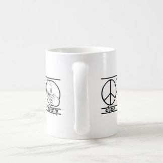 Amor y caridad de la paz taza de café
