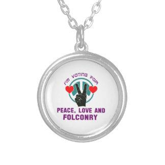 Amor y cetrería de la paz colgante redondo