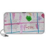 Amor y corazones laptop altavoz