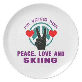 Amor y esquí de la paz platos