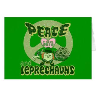Amor y Leprechauns de la paz Tarjeta De Felicitación
