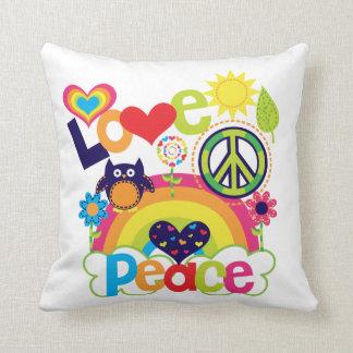 Amor y paz Pilllow Almohadas