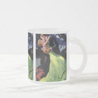 Amor y romance, beso romántico del vintage taza de cristal