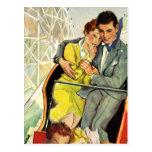 Amor y romance, paseo del vintage de la montaña postal