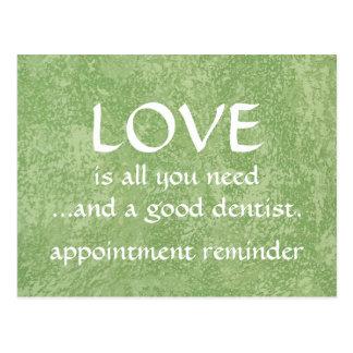 Amor y un buen dentista postales