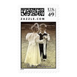 Amores de la niñez que casan la invitación sellos