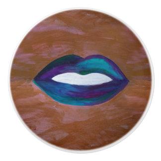 Amorous Lips Kiss XOXO Lipstick Glam Teen Ceramic Knob