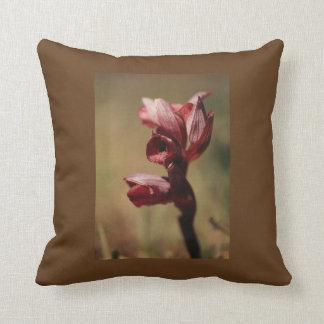 Amortiguador del tiro de la flor con las orquídeas cojín decorativo