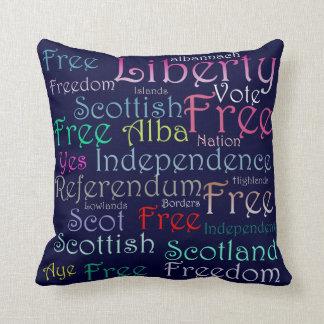 Amortiguador escocés de la palabra de la independe almohadas