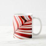 Amortiguador rayado rojo taza de café