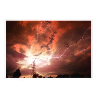 AMPLIACIÓN de la FOTO de la tormenta del relámpago