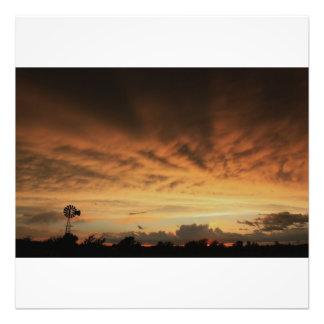 Ampliación tempestuosa de la foto de la noche de K