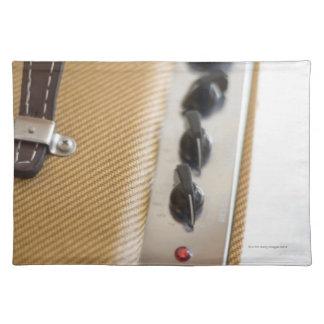 Amplifier 2 placemat