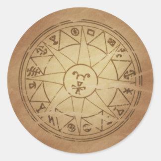 Amuleto mágico para los encantos seguros de la pegatina redonda