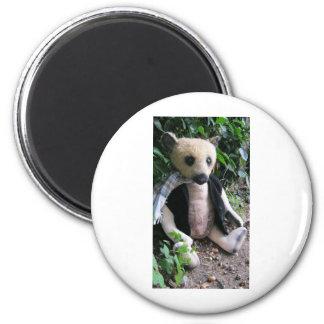 "Amy Goodrich Collectables ""Blonde gent bear""(02) 2 Inch Round Magnet"