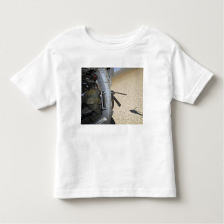 An aerial gunner scans terrain toddler t-shirt