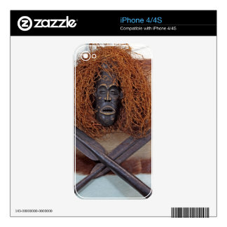An African mask with a spear on an antelope coat. iPhone 4S Skins