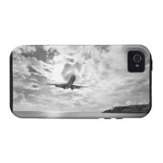 An airliner comes in for a landing at Princess Case-Mate iPhone 4 Cover
