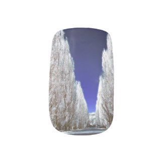 An alley in infrared  Minx® nail art