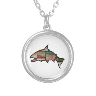 AN AMAZING SIGHT SILVER PLATED NECKLACE