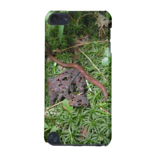 An Earthworm iPod Touch (5th Generation) Cover