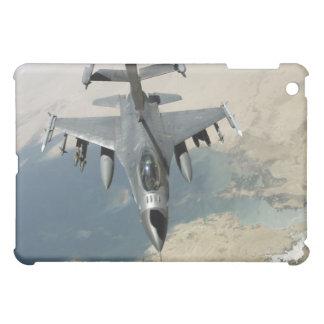 An F-16 Fighting Falcon refuels iPad Mini Cover