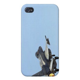 An F-16E from the United Arab Emirates iPhone 4 Cases