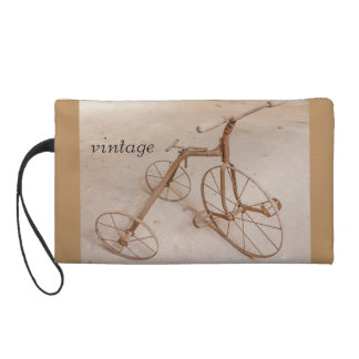 AN OLD TRICYCLE 1928 WRISTLET