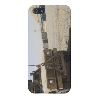 An Oshkosh M-ATV 2 Cover For iPhone SE/5/5s