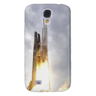 An United Launch Alliance Atlas V rocket lifts Galaxy S4 Cover
