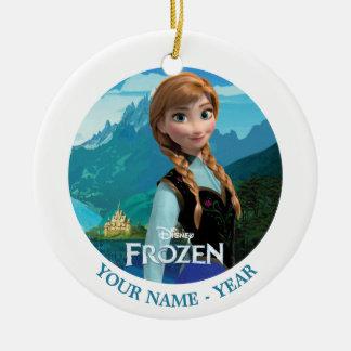 Ana personalizó ornamentos de navidad