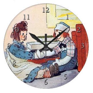 Ana Raggedy y reunión Raggedy de Andy por primera Reloj Redondo Grande