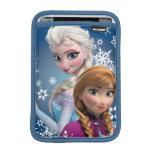 Ana y Elsa con los copos de nieve Fundas De iPad Mini