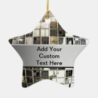 Añada el texto al ornamento de plata chispeante de ornamente de reyes