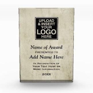 Añada la información del logotipo y del