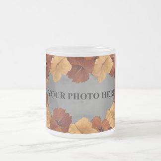 AÑADA LA TAZA del hibisco de la FOTO
