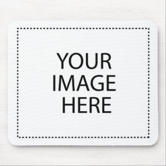 Añada las imágenes y el texto para hacer sus los alfombrilla de ratones