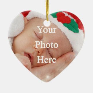 Añada su propia foto adorno navideño de cerámica en forma de corazón