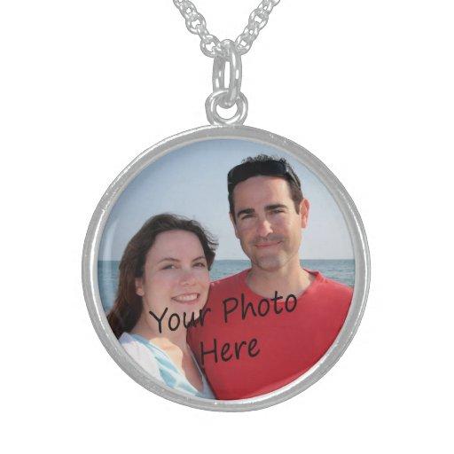 ¡Añada su propio collar del personalizado de la fo