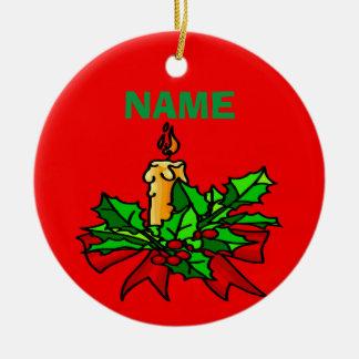 Añada un árbol de navidad conocido adorno navideño redondo de cerámica