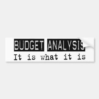 Análisis del presupuesto es etiqueta de parachoque