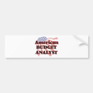 Analista americano del presupuesto pegatina para auto