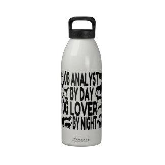 Analista del trabajo del amante del perro botellas de beber