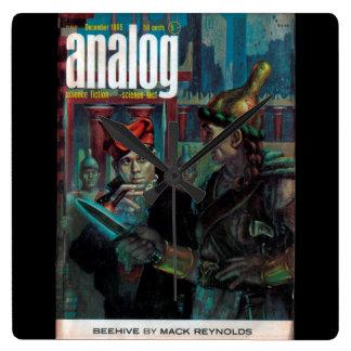 Analog - 1965.125_Pulp Art Square Wall Clock