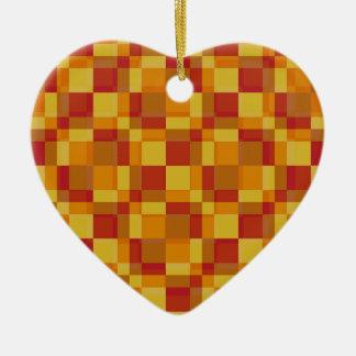 Anaranjado claro retro del estilo de los cuadrados adorno navideño de cerámica en forma de corazón